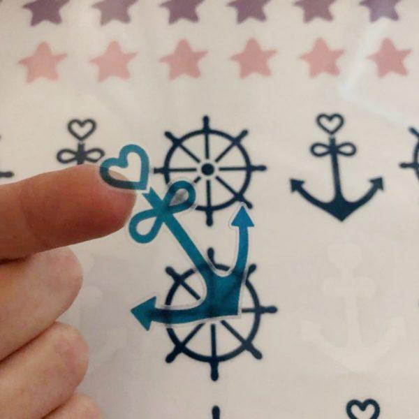 מדבקות קיר לחדרי ילדים – גיליון מדבקות כוכבים ונושא ים