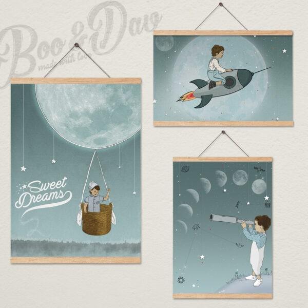 שלושה ציורים עם מתלה- ירח
