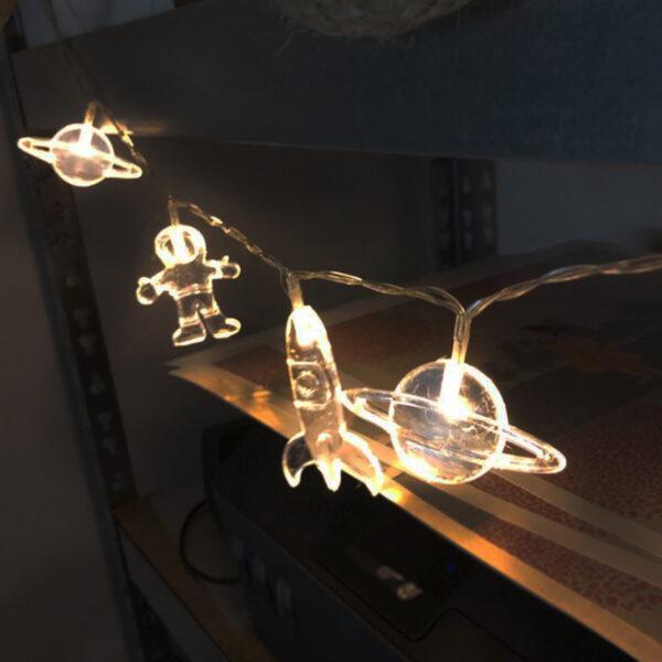 שרשרת נורות לד חלל לעיצוב חדרי ילדים